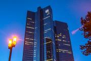 Američané rozšířili vyšetřování manipulací Forexu na další banky