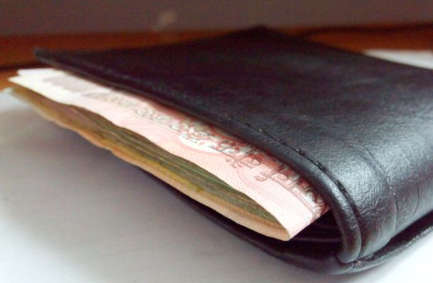 Meziročně se dluhy českých domácností zvýšily téměř o 100 miliard