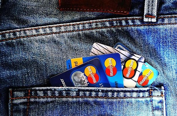 Mastercard odstřihne neregulované brokery Forexu, kryptoměn a binárních opcí