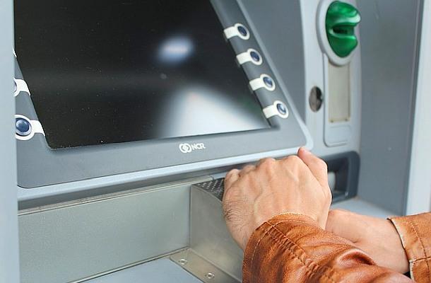 Počet kryptoměnových bankomatů ve světě neustále roste, navzdory situaci na trzích