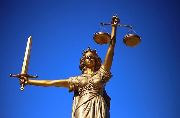 Bitfinex a Tether čelí už druhé žalobě kvůli manipulacím s kryptoměnami