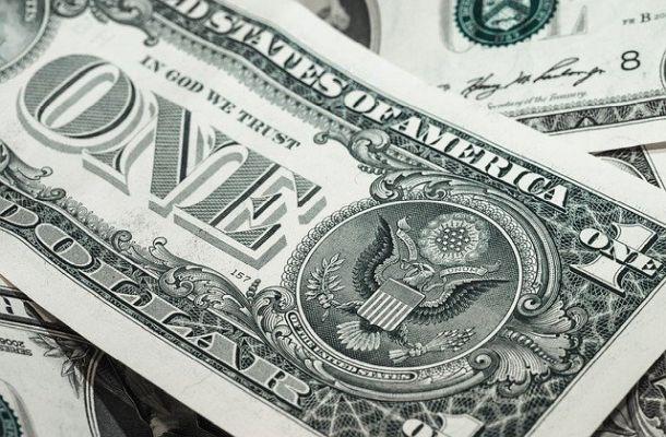Návrh záchranného balíčku v USA počítá se zavedením digitálního dolaru
