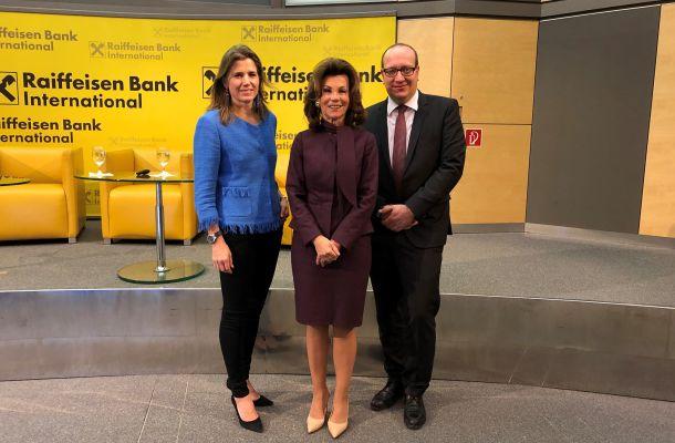 Raiffeisen Bank tokenizuje národní měny do blockchainu, možná i českou korunu