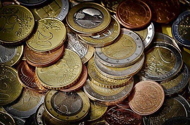 O případném vzniku digitálního eura se rozhodne příští rok