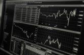 Burzy pozastavují obchodování s XRP a posílají jeho cenu dolů