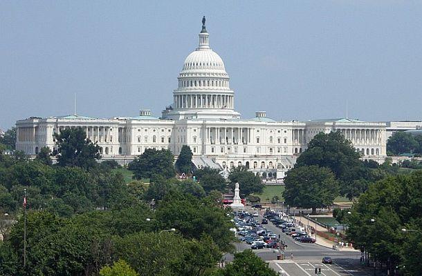 Senátorka USA: Zakročme proti kryptoměnám, které plýtvají energiemi